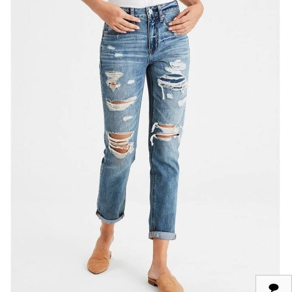 7aef4d8846 American Eagle Outfitters Denim - FRIYAY SALE👖 American Eagle Tomgirl Jeans